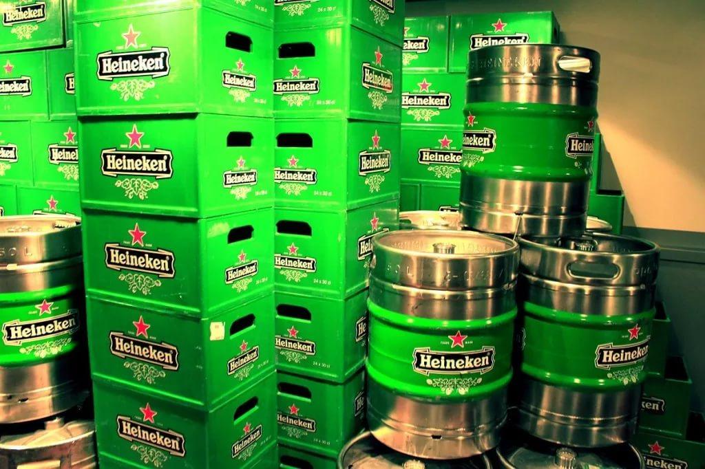 Heineken продает завод